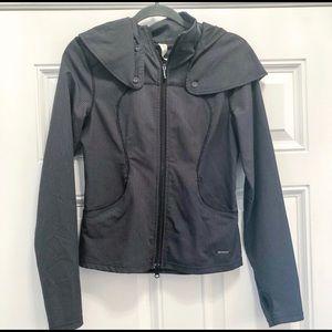 Lululemon RARE Fitness Capelet Jacket size 6!